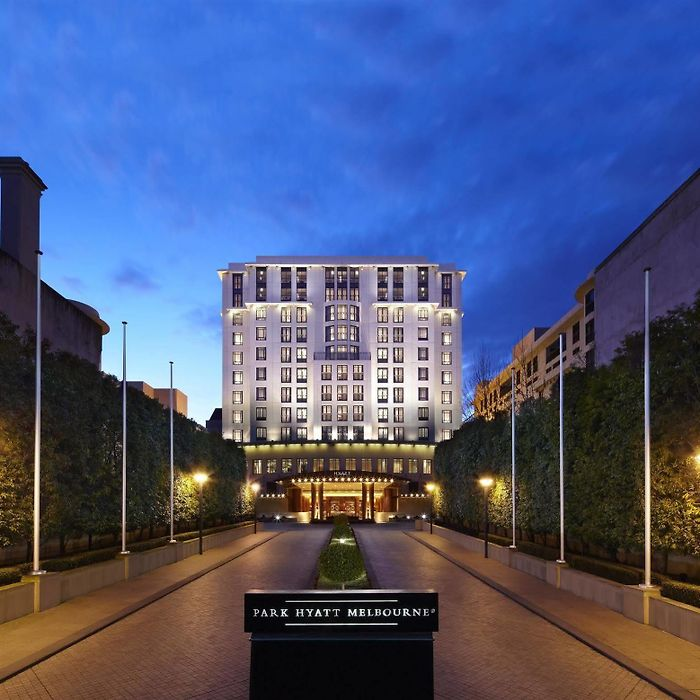 Melbourne hotels & apartments, all accommodations in Melbourne